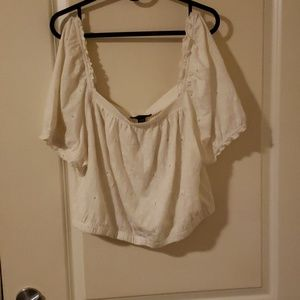 NWT American Eagle Cropped Eyelet Bubble Crop Top